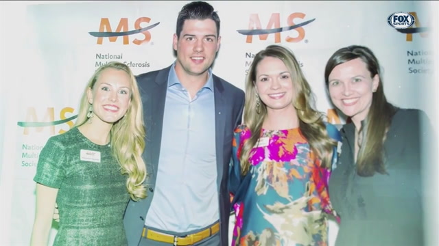 Jamie Benn pitches in, helps MS Society | Stars Insider