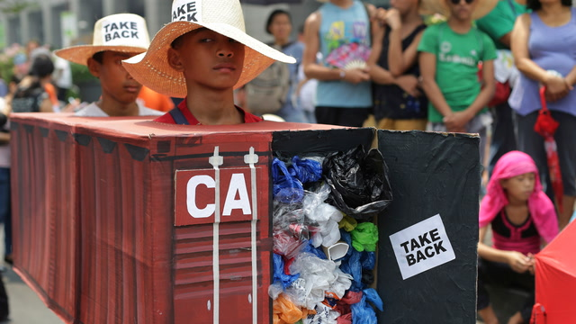 The Philippines threaten to sever diplomatic ties with Canada over trash