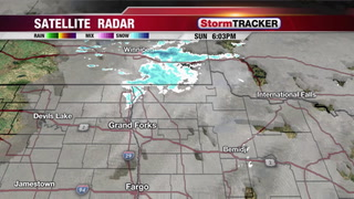 Tracking Flurries and Fog Tonight