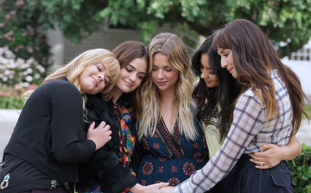 New Pretty Little Liars Spinoff The Perfectionists Ordered By Freeform