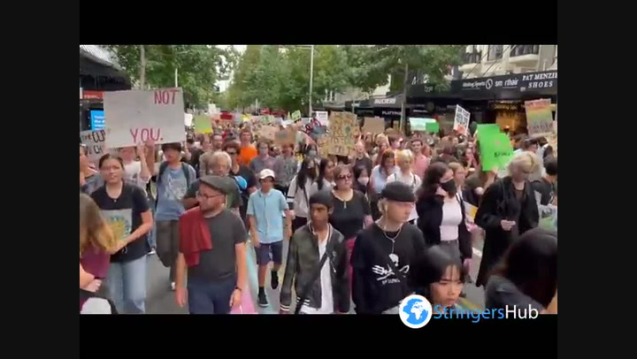New Zealand: Students march for climate in Auckland