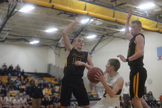 Dawson-Boyd boys hold off Hancock