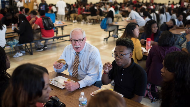 Prince George's school chief Kevin Maxwell to step down