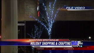 Shoppers enjoy holiday extravaganza in downtown Fargo