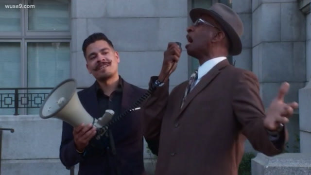 Controversial speaker hijacks Trayon White support rally