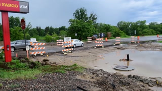 Heavy Weekend Rains Cause Ponds on South Sixth Street Project