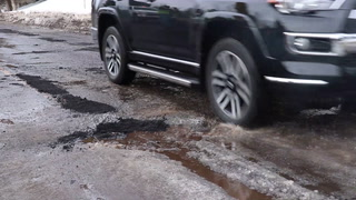 Duluth prioritizes patching potholes