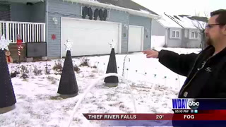 Fargo family puts together synchronized light show