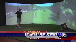 Indoor golf simulator allows players to compete during colder months