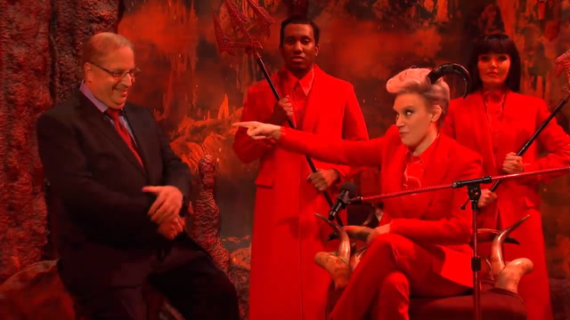SNL depicts the devil's star-struck encounter with Alan Dershowitz