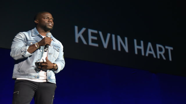 Kevin Hart steps down as Oscars host amid tweet controversy