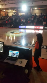 Girl sings national anthem at UJ game