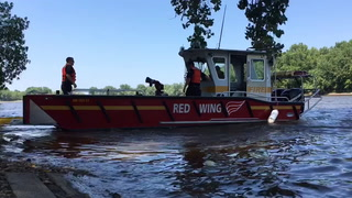 Spill response training in Red Wing