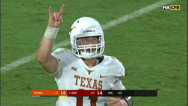 Ehlinger's 17-yard touchdown pass gives Texas the lead