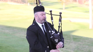Bagpiper at Madden's Welcomes in Golf Season