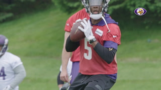 Teddy Bridgewater rehabs at Vikings practice