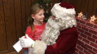 Santa visits kids at Eagles
