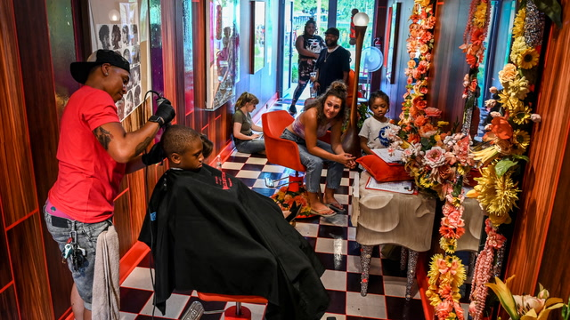 A D.C. art gallery transforms itself into a barbershop to promote LGBTQ tolerance