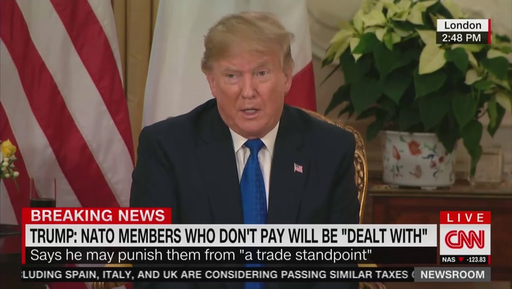 Trump Contradicts Pompeo, Says America Doesn't Support Iranian Protesters
