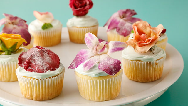 Gorgeous Candied Flowers