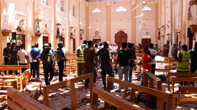 Sri Lanka blasts leave hundreds dead on Easter Sunday
