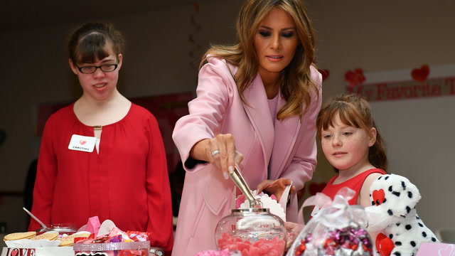 Melania Trump visits children's hospital on Valentine's Day
