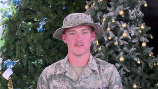 Silver Bay airman wishes family Merry Christmas