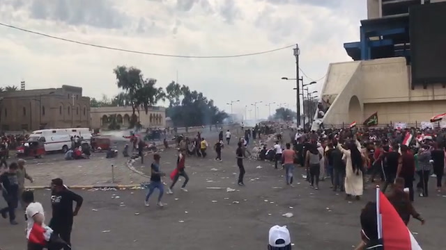 Ambulances rush wounded protesters out of Iraq's Tahrir Square