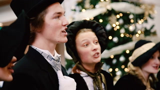 Duluth Skywalk Carolers