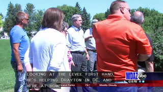 Senator Hoeven visits Drayton to see levee system for himself