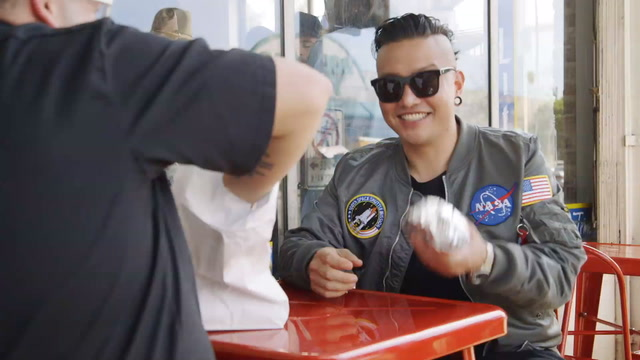 Graham Elliot and Chris Oh Dig into the Secret Sandwiches of Pasadena