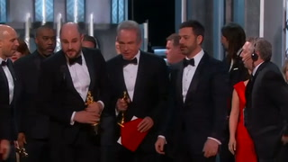 Major mistake in announcement of Best Picture winner at Oscars