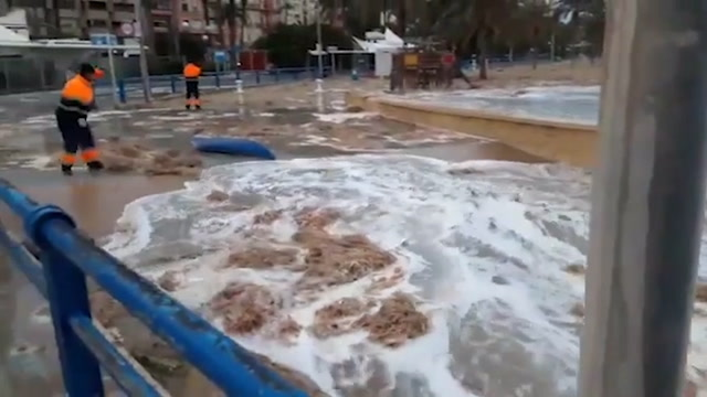 Storm Gloria causes flooding, severe weather damage in Spain