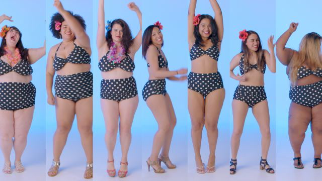 Women Sizes 4 Through 30 Try on the Same Swimsuit