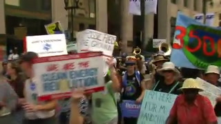 2016-07-24 USA-ELECTION-DEMOCRATS-PROTEST-ROUGH-CUT.MOV