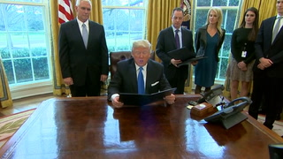 Trump signs executive orders for Keystone XL, Dakota Access pipelines