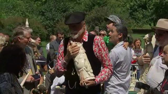 Mick Fleetwood Helps Crush 2 Tons Of Ivory