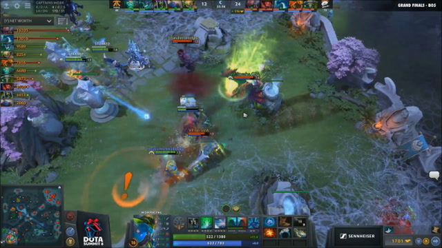 Back And Forth Teamfight - Virtus.pro vs. Fnatic - Game 1 - DOTA Summit 8 - Grand Finals