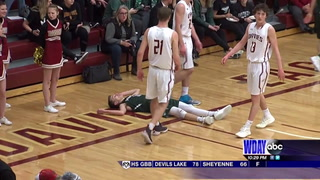 West Fargo knocks off top ranked Davies