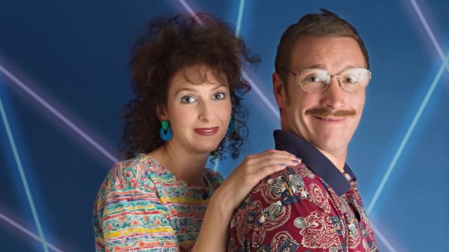This Couple's 1980s Themed Anniversary Photos are Everything