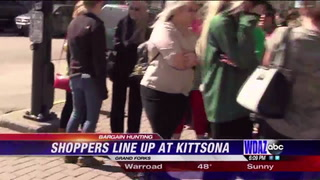 Shoppers line up for bargains at Kittsona sale