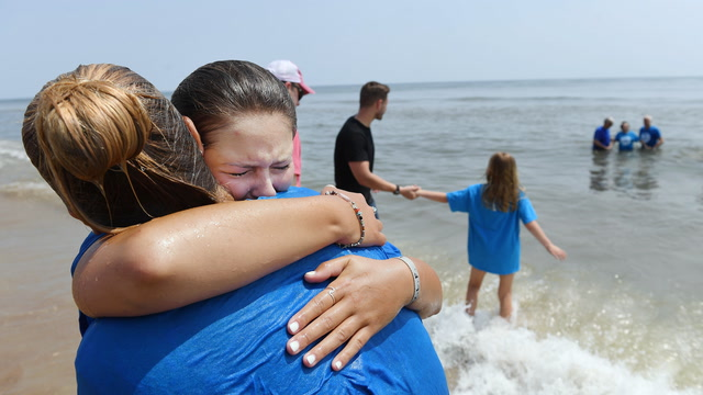 'Coming together to be human': Oceanside church service in Virginia Beach mourns shooting victims