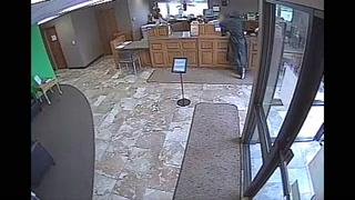 Photo of suspect at a credit union in west Sioux Falls, S.D., on Thursday. Photo courtesy of Sioux Falls Police Department.