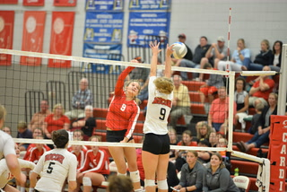 WCT Sports Show: Willmar and Morris volleyball play crucial matches. Willmar girls cross country rolls
