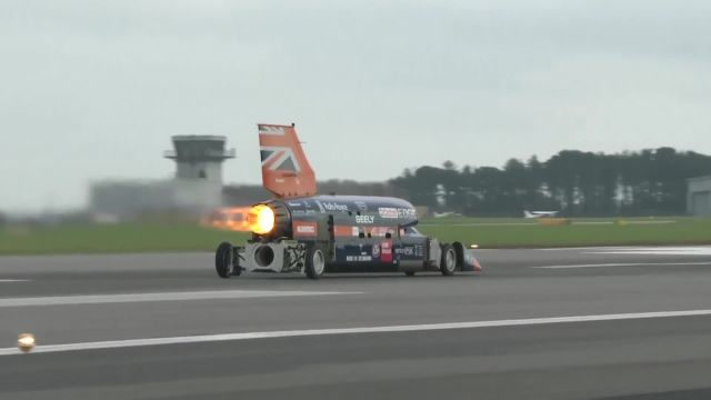 Watch the 1000 mph Bloodhound Rocket Car's First Run