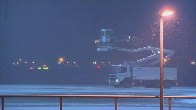Heavy Snow in Germany Creates Travel Woes