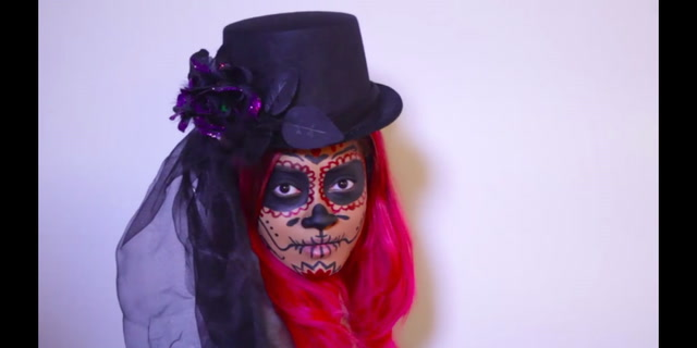 Beauty Know It All: Sugar Skull How-to for Halloween