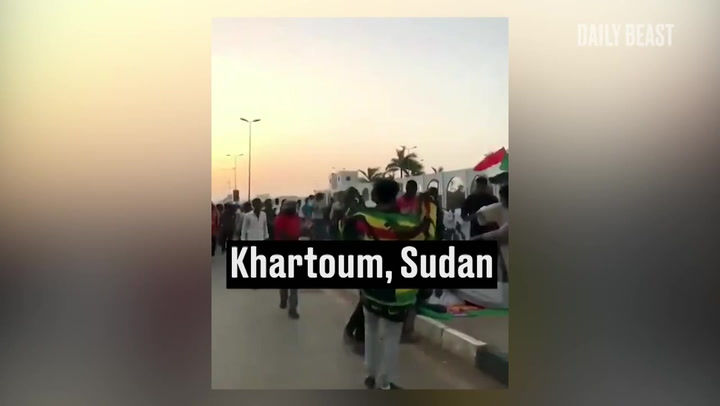 Crisis in Sudan: Protesters Cut Off From Rest of the World