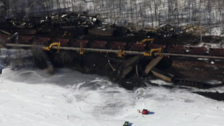 Coal train derails along the St. Louis River near Cloquet