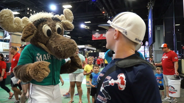 Fans fired up for MLB All Star Weekend